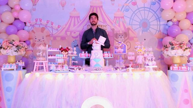 Décorateur événementiel, décoration scénographique d'anniversaire